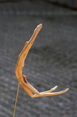 N18 la danse du veau d or 33 cm genevrier